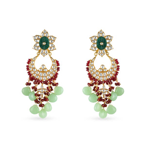 Gold plated kundan chaandbaali earring with carved stone center.