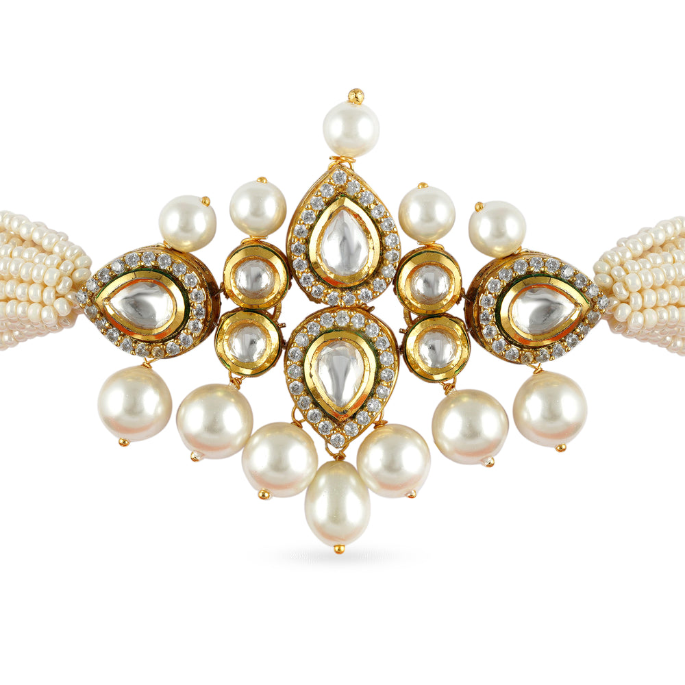 Load image into Gallery viewer, Gold plated kundan choker set with cubic zirconia outline and faux pearl.