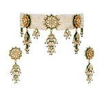 Kori Kundan and pearl choker