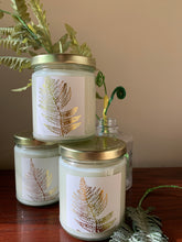 Load image into Gallery viewer, Fiddlehead Fern Aromatic Candle