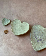 Load image into Gallery viewer, Heart-shaped Concrete Trinket dishes