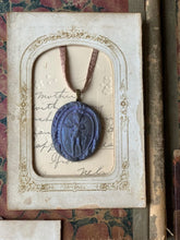 Load image into Gallery viewer, Intaglio Pendant Ornaments