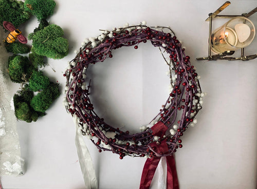 Vintage Berry Wreath of Venetian Dew - PARCEL