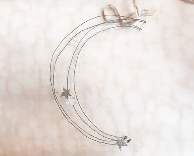 (PRE-ORDER) Handmade wire moon ornament - PARCEL