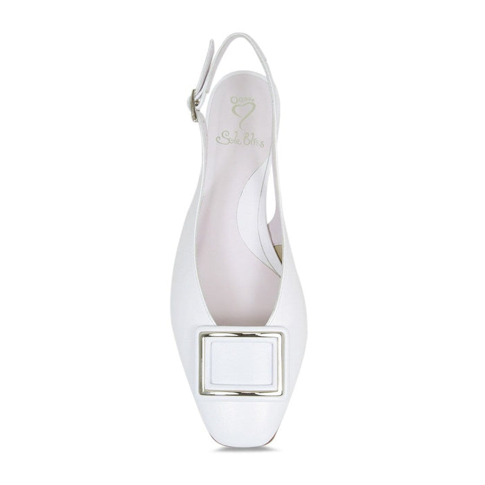 Elegant white leather occasion pump for hallux valgus