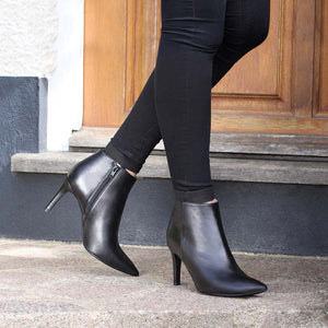 Luxurious black leather high heeled boots for bunions