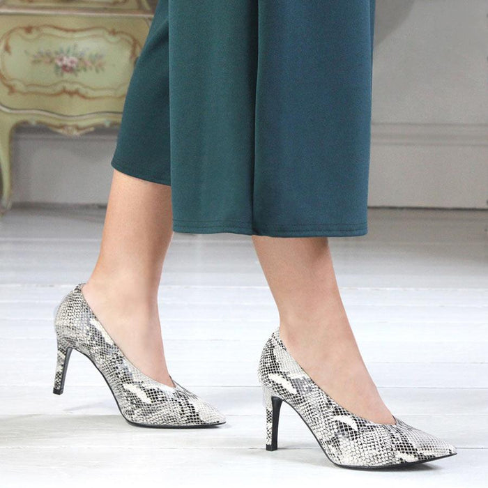 Sole Bliss fashionable gray snake print pumps for bunions