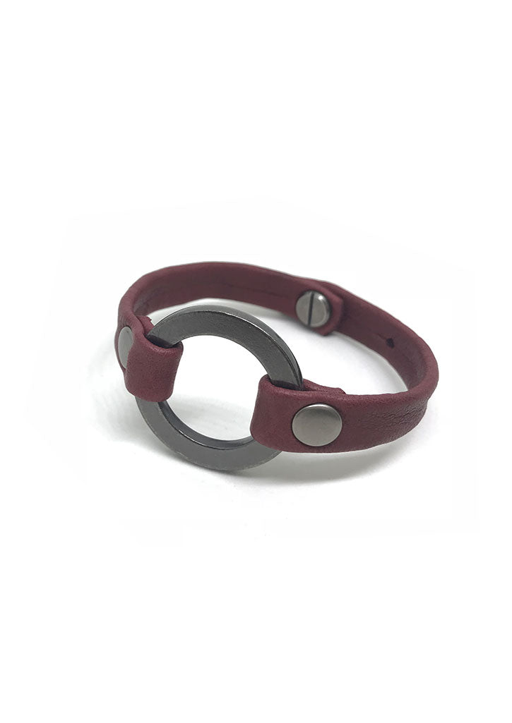 Grounding Large Ring Leather Bracelet