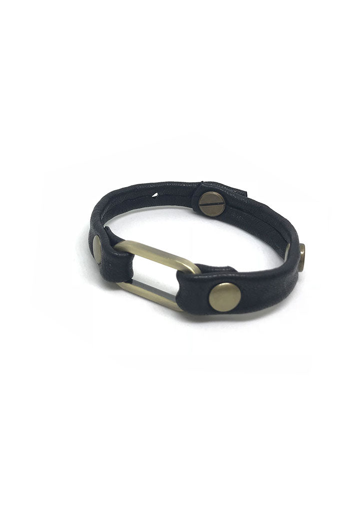 Mesa Oval Ring Leather Bracelet