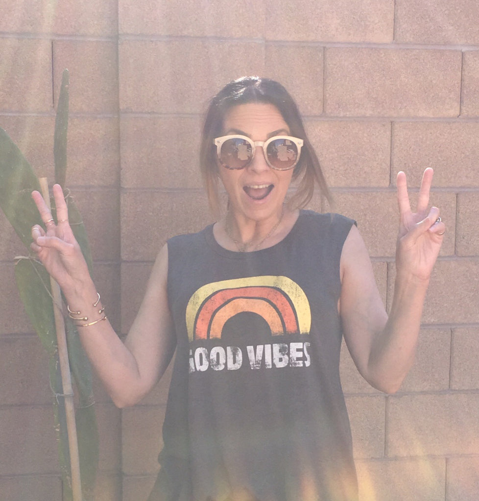 GOOD VIBES TANK- GRAY