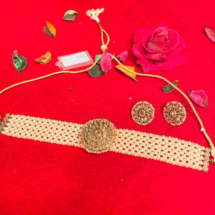 peach-kundan-choker-necklace-set