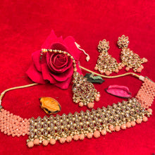 Load image into Gallery viewer, peach-kundan-choker-necklace-set