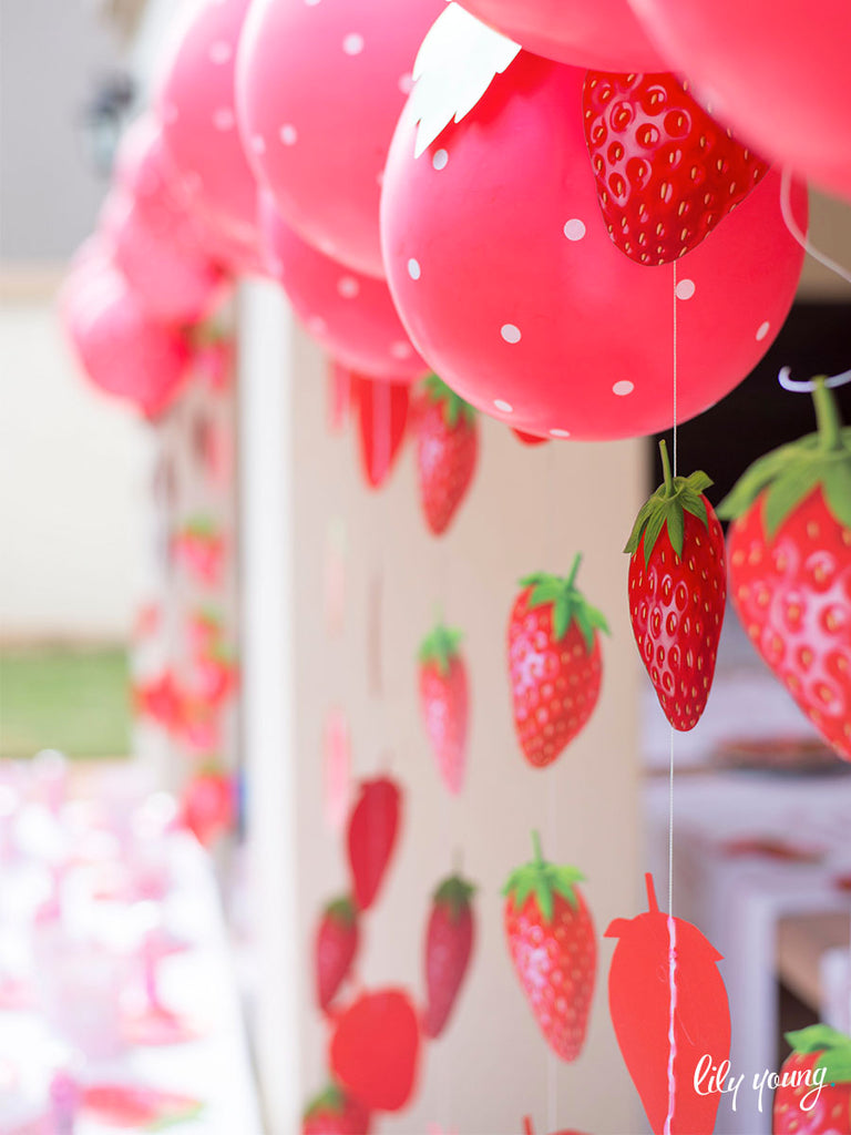 Strawberry Bunting - Pack of 12