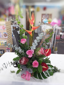 Enchanted - www.bloomfloralshop.com