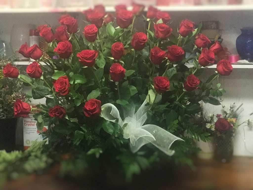 long stem red rose arrangement chicago il florist 60634 flower delivery to chicago same day flowers