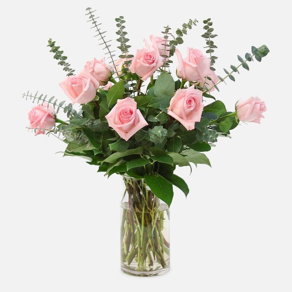long stem dozen roses Valentines bouquet chicago illinois flower delivery florist chicago 60634 60647 same day flower delivery flowers in chicago