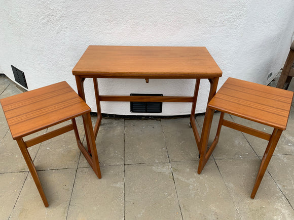 Vintage Retro Mid Century Mcintosh Triform Teak Nest Of Tables - Retro & Vintage GB