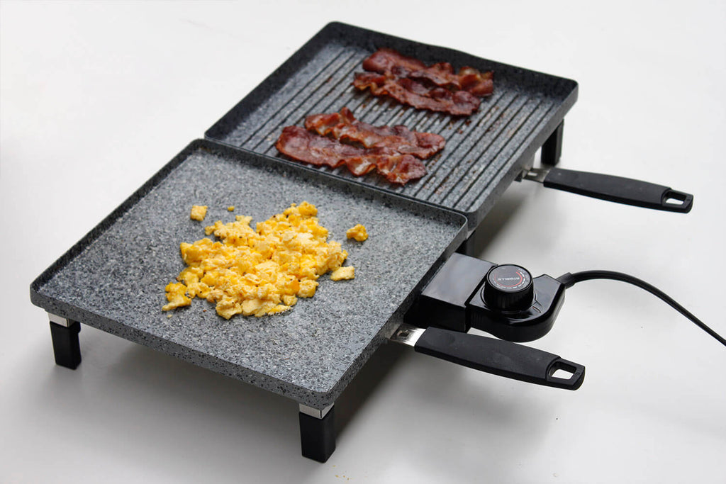 Bacon on Atgrills electric grill pan and egg on Atgrills electric griddle pan