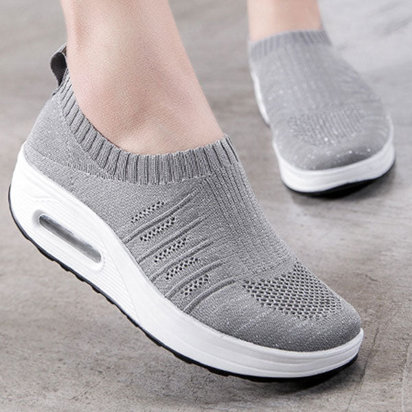 Large Size Outdoor Mesh Breathable Slip Resistant Rocker Sole Platform Shoes