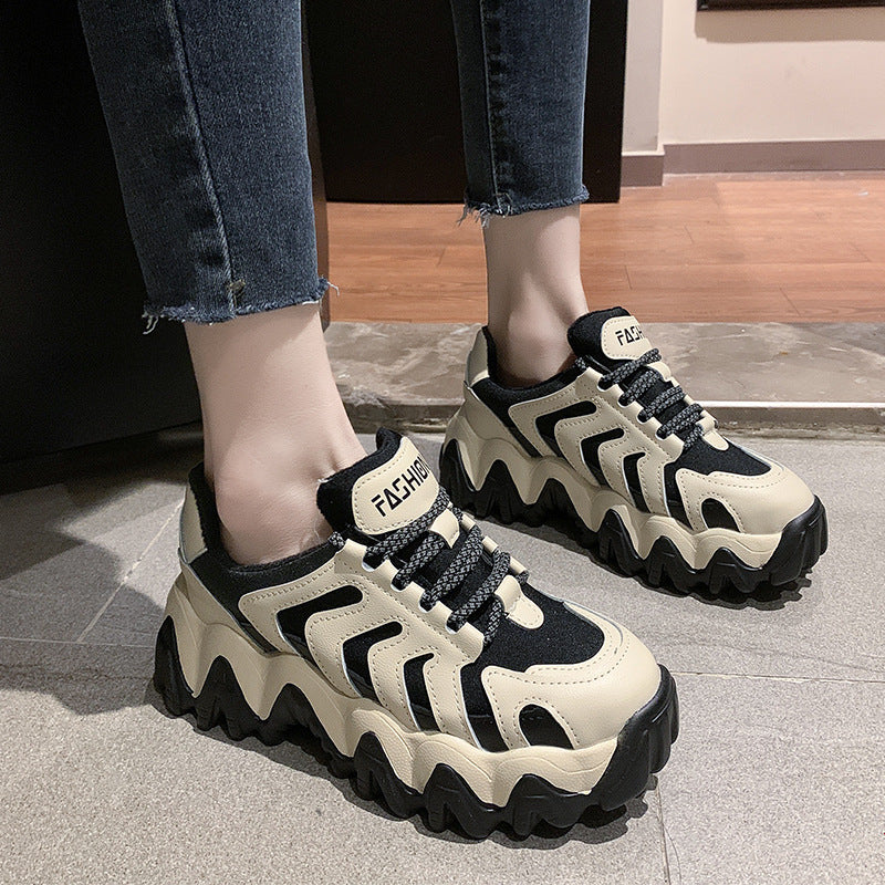 Women Lines Decoration Surfaces Lace Up Flats Sneakers