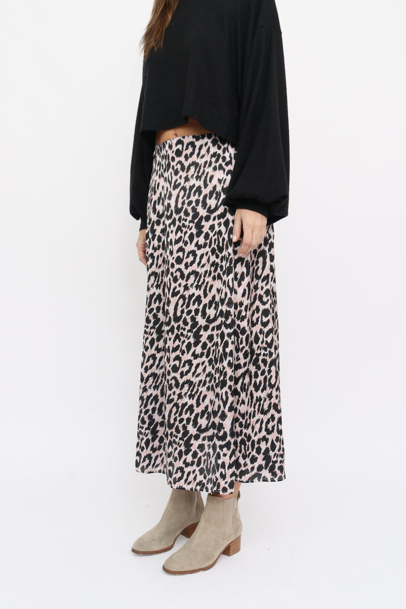 Lore Skirt in Leo beige print