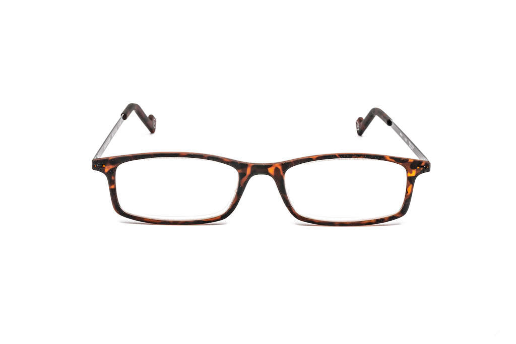 Front view of the Sm@rt Bison ready reading glasses