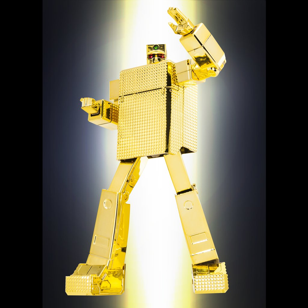 POSE+ METAL P+01 GOLD LIGHTAN DIECAST FIGURE