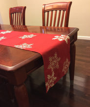 "Load image into Gallery viewer, Embroidered White Snowflake Table Runner Holiday Christmas Red Table Cloth 16"" x 70"" - k-cliffs"