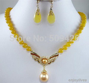 Yellow jade Golden Shell Pearl Crystal - Pendant Necklace Earrings Set