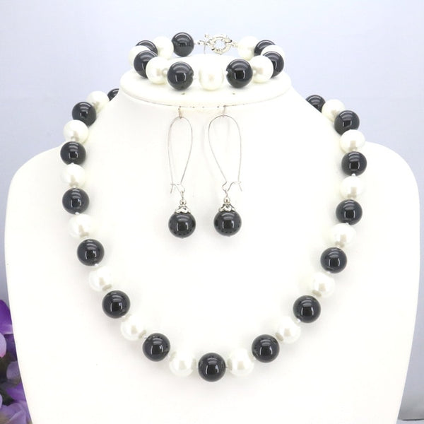 White&Black Shell Pearl Beads Necklace Bracelet Earrings Sets