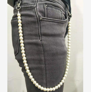Pearl Chic Long Trousers Key Chain