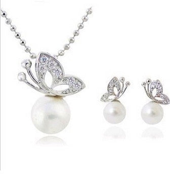 rhinestone butterfly imitation pearl Earrings and Necklace Jewelry Set