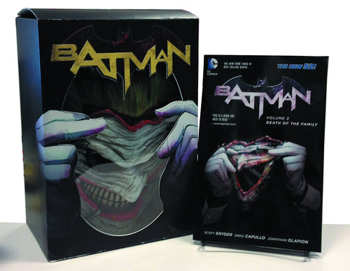 BATMAN: DEATH OF THE FAMILY BOOK AND THE JOKER MASK SET