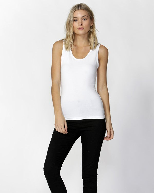 Betty Basics Scoop Tank