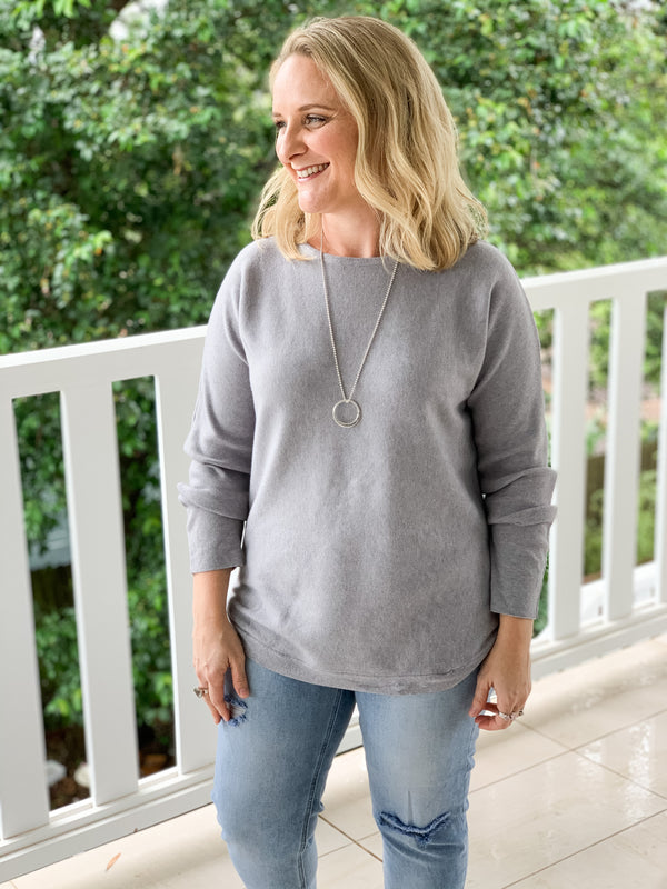Amelia Essential Knit in Grey