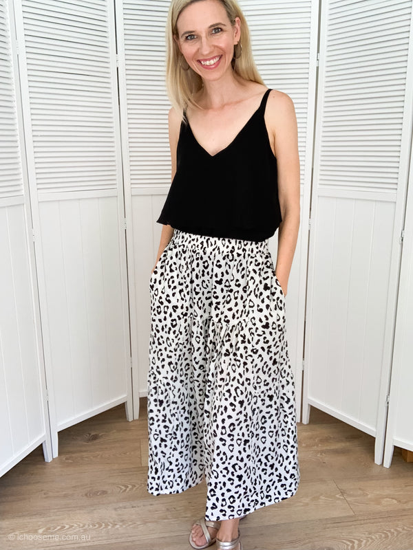 Piper Skirt in White Leopard