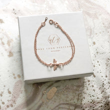 Load image into Gallery viewer, Bumble Bee Bracelet - Rose Gold or Silver