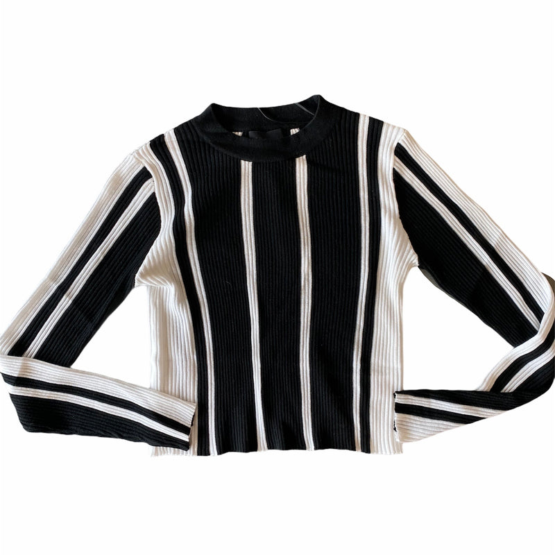 Sami color block knit sweater- blk/white