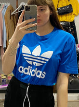 Load image into Gallery viewer, Vintage Reworked Adidas Crop Top T-Shirt in Blue with White Logo in M