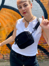 Load image into Gallery viewer, Vintage Inspired Bag Cross Body in Black with Zipper Details