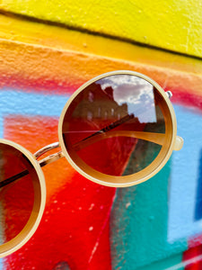Vintage Inspired Sunglasses Big Round Shape in Cream and Gold with UV400