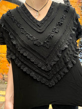 Load image into Gallery viewer, Vintage 80s T-Shirt in Black with Ruffle Details in M/L