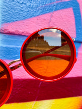 Load image into Gallery viewer, Vintage Inspired Sunglasses Big Round Shape in Red with UV400