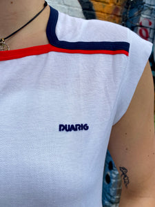 Vintage 80s T-Shirt Sports in White with Red and Blue in S/M