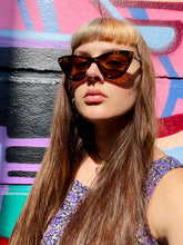 Load image into Gallery viewer, Vintage Inspired Sunglasses Cat Eye Shape in Brown Leopard Pattern with UV400