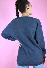 Load image into Gallery viewer, Vintage 90s Knit Jumper Graphic Pattern Blue Grey White in M