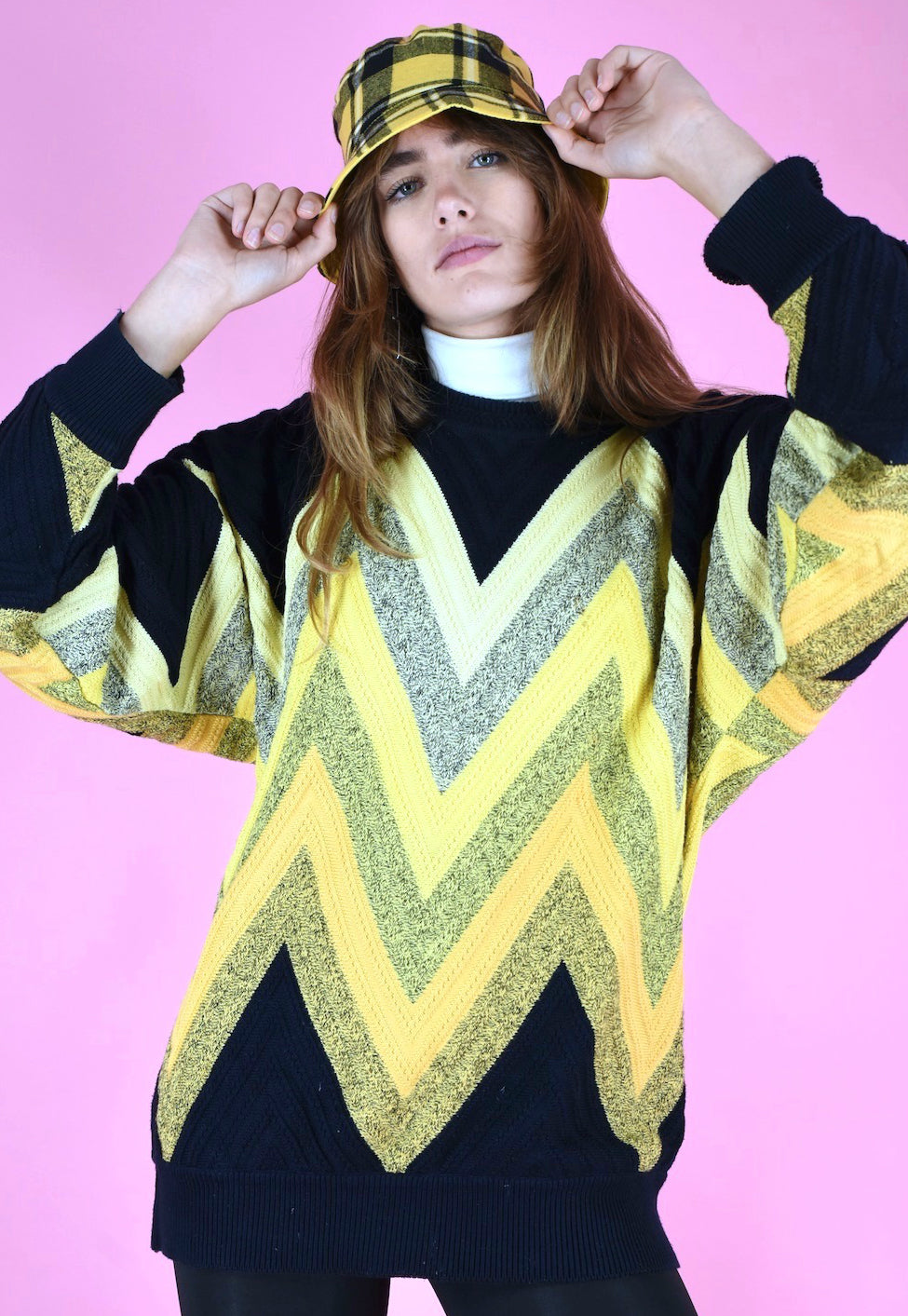 Vintage 90s Carlo Colucci Knit Jumper Black Yellow Pattern in M/L