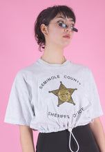 Load image into Gallery viewer, Vintage Reworked Cropped T-Shirt in Light Grey with Sheriffs Office Print in M