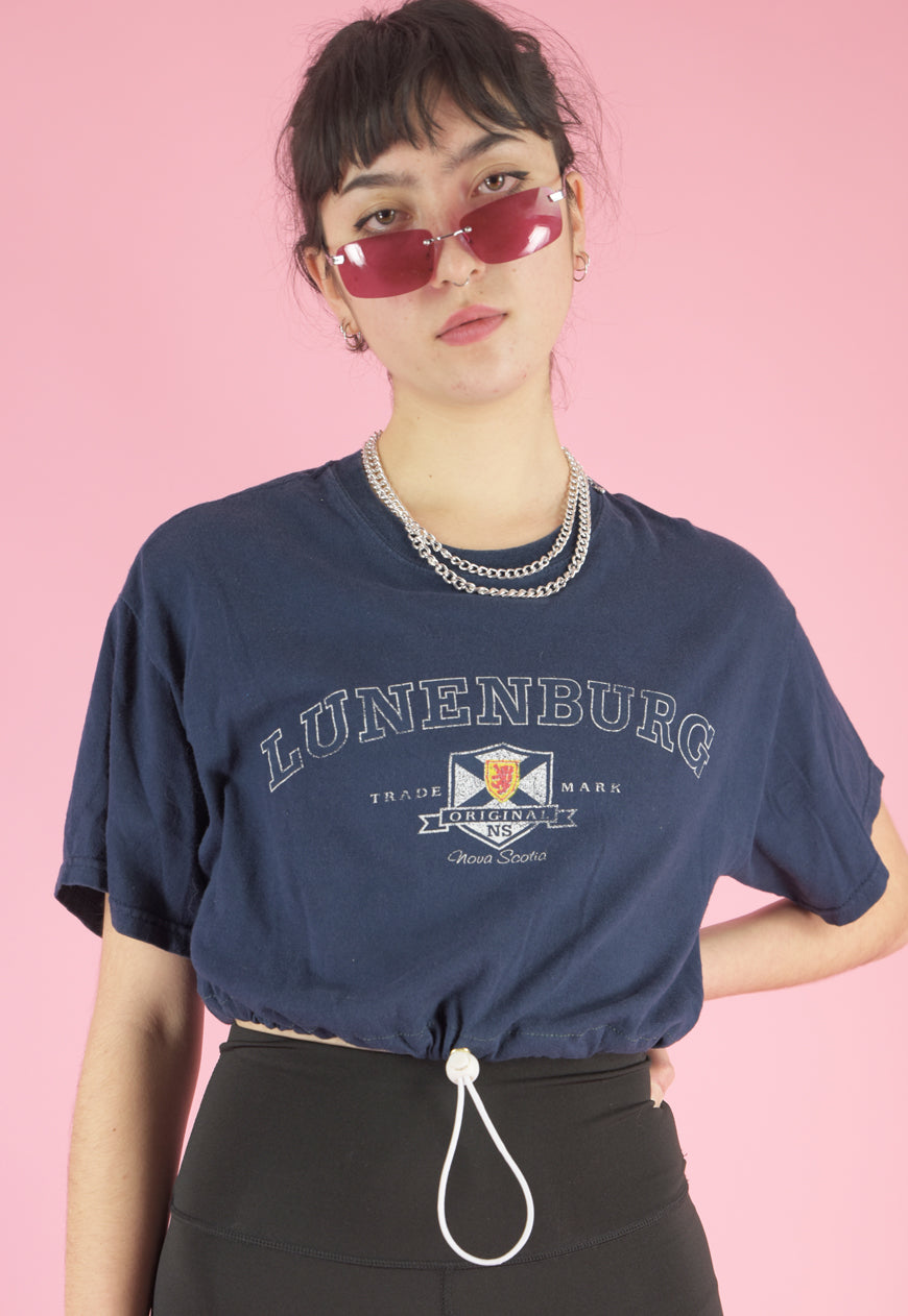 Vintage Reworked Crop Top T-Shirt in Blue with Graphic Print in S