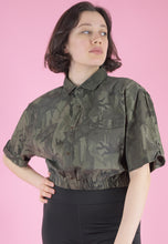 Load image into Gallery viewer, Vintage Reworked Army Shirt Short Sleeved in Camo Print in M